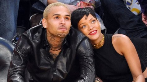 gty_chris_brown_rihanna_jp_121227_wmain