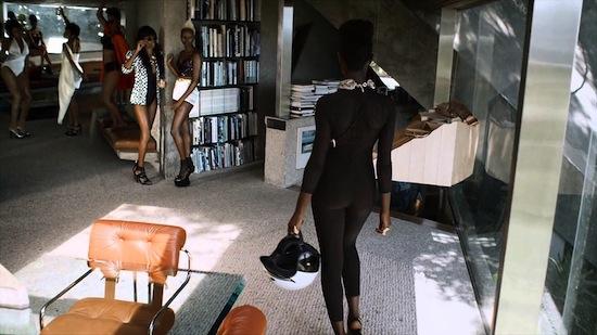 Video: 2 Chainz Ft Pharrell – Feds Watching